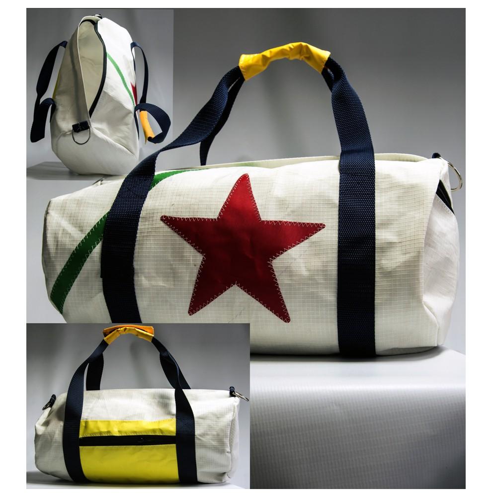 Petit sac de voyage blanc en voile recyclée 23 x 45 cm