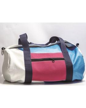 Petit sac de voyage tricolore en voile recyclée 23 x 45 cm