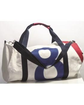 Grand sac de voyage blanc en voile recyclée 29 x 63 cm