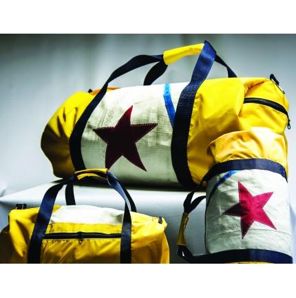 Grand sac de voyage bicolore en voile recyclée 29 x 63 cm