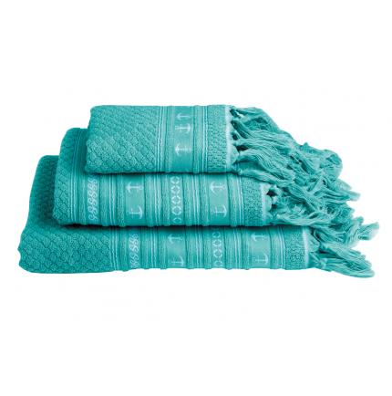3 serviettes de bain turquoise avec des franges